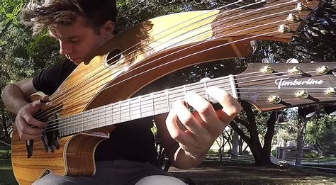"""Kansas' """"Dust In The Wind"""" Is Played On A 12-String Harp"""