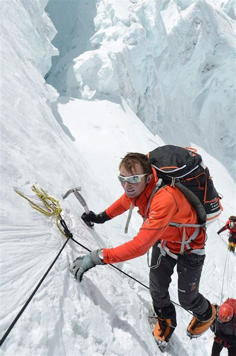 Ueli Steck Climbs on the Lhotse face while acclimatising