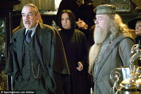 Roger Lloyd-Pack dead: Only Fools star Trigger dies from