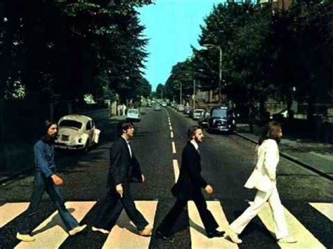The Beatles- Come together (Abbey Road) lyrics on