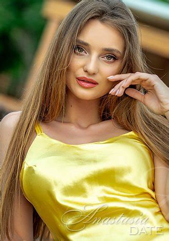 Lady Hungarian single Ekaterina from Budapest, 25 yo, hair