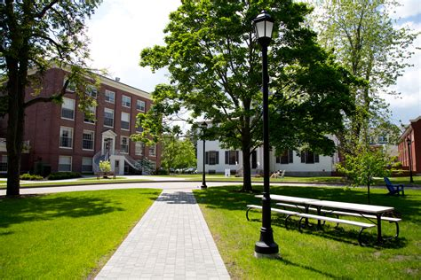 Admissions | University of New England in Maine, Tangier