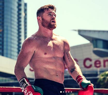 Photo of muscular Canelo Alvarez ripped and ready to go